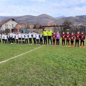 Juniori E, ultima etapă! Şcoala de Fotbal Valea Frumoasei şi Juniorul Aiud au încheiat anul pe prima poziţie!