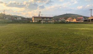 """Terenul din Cricău este gata pentru """"luptă""""! Să înceapă fotbalul! (GALERIE FOTO)"""