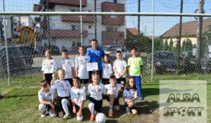 Copiii de la UNIT Alba Iulia…premiați și antrenați! (GALERIE FOTO)