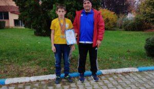 Junior de la CS Unirea Alba Iulia, trei medalii, de aur și argint, la Campionatul Național de Haltere!