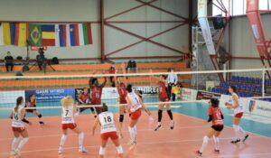 În primul turneu al Diviziei A1 la volei feminin, de la Blaj, Volei Alba Blaj a bifat două victorii!